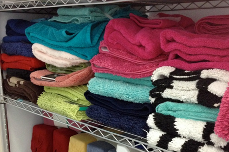 Blankets and more for cancer patinents