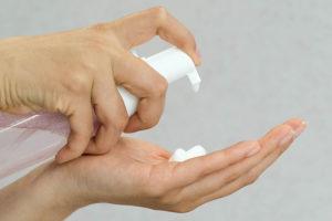 trata la dermatitis asociada a la incontinencia