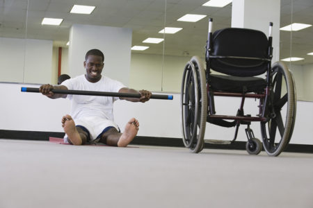 Staying fit in a wheelchair Mantenerse en forma en silla de ruedas