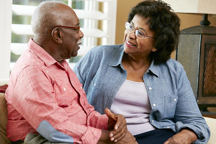 Communicating with a person with dementia comunicarse con una persona con demencia