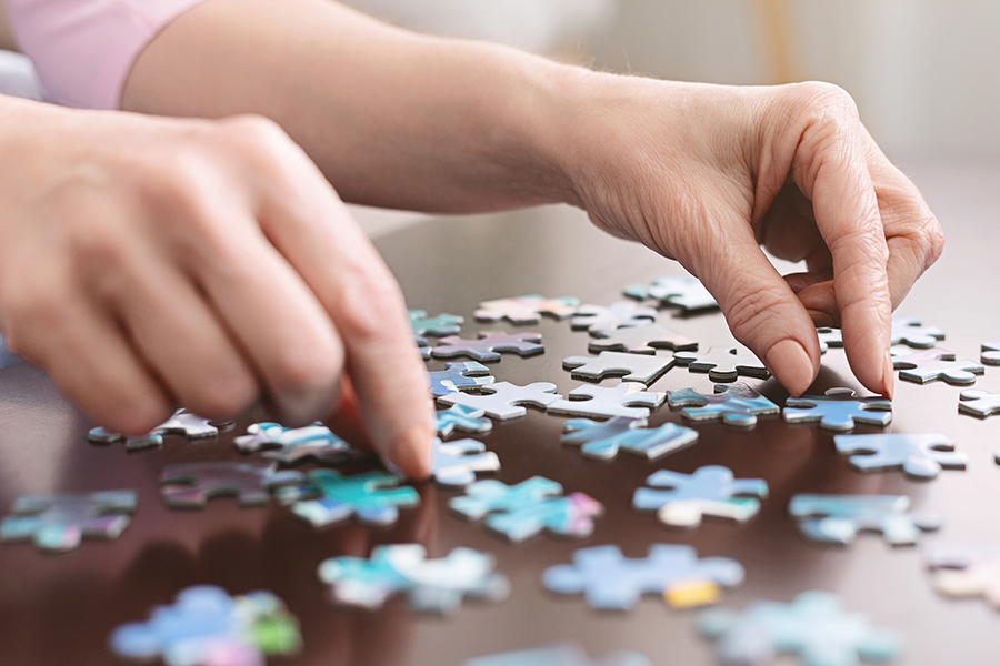 Differences between dementia and Alzheimer's